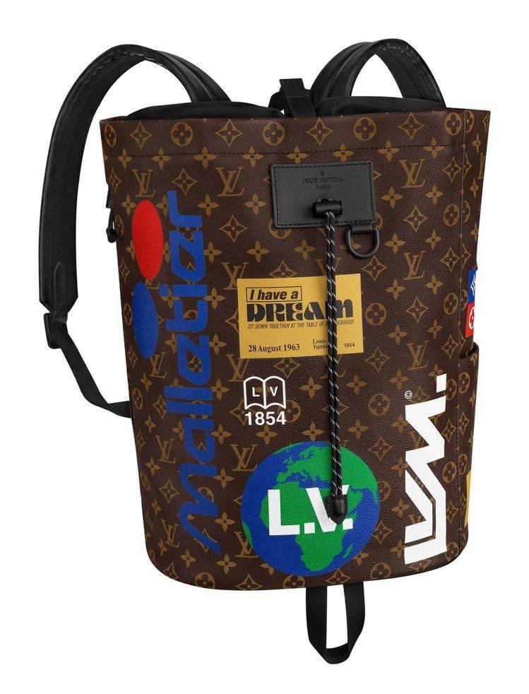 以競賽船為設計靈感的Chalk背包,售價10萬元。圖/LV提供