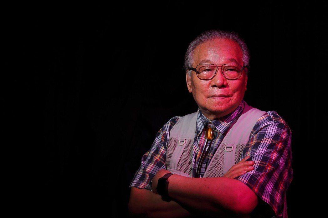 以拍攝文化大革命「黑歷史」聞名的中國資深攝影記者李振盛表示:「我記錄災難,是為了...