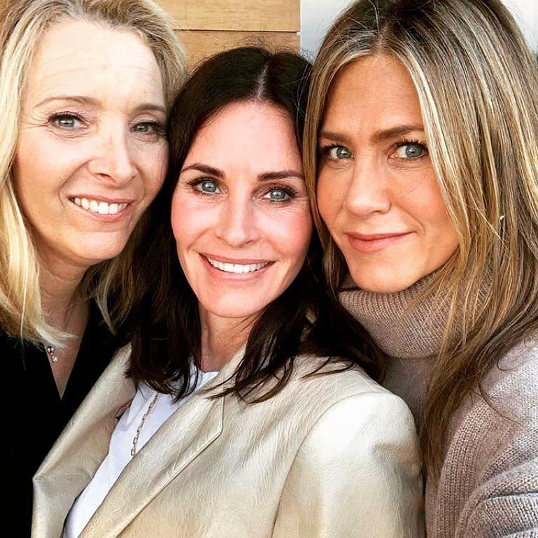 麗莎庫卓(左起)、寇特妮考絲、珍妮佛安妮絲頓都還願意再演「六人行」續篇。圖/摘自...