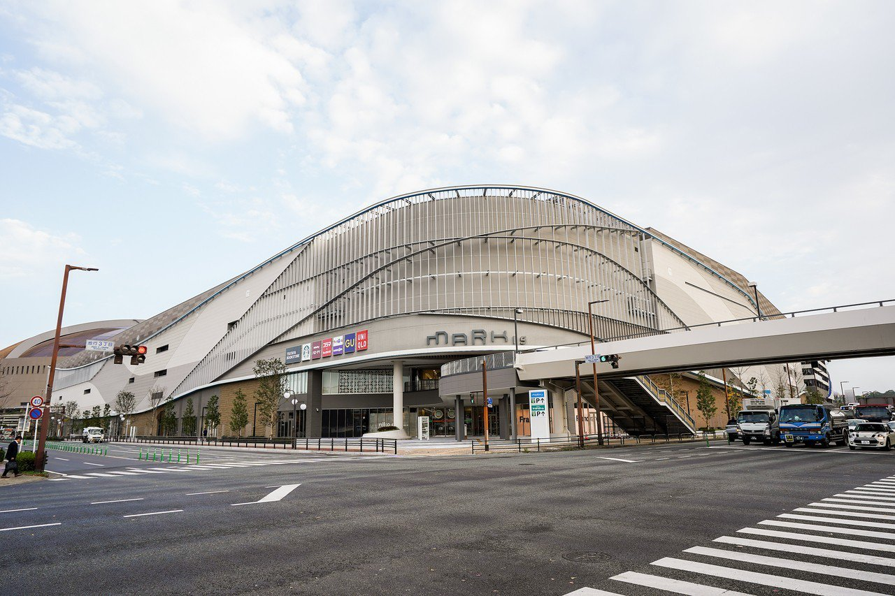 MARK IS福岡momochi是福岡市內最新的購物中心。記者何雅玲╱攝