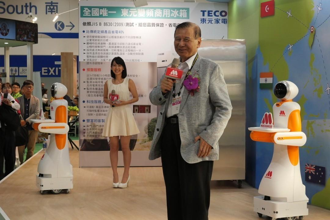 東元搶進餐飲業 推智慧送餐機器人、省能變頻商用冰箱