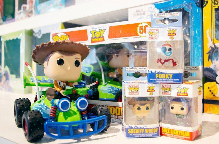 POP交通豪華組玩具總動員-胡迪,建議售價1,199元。圖/三創提供