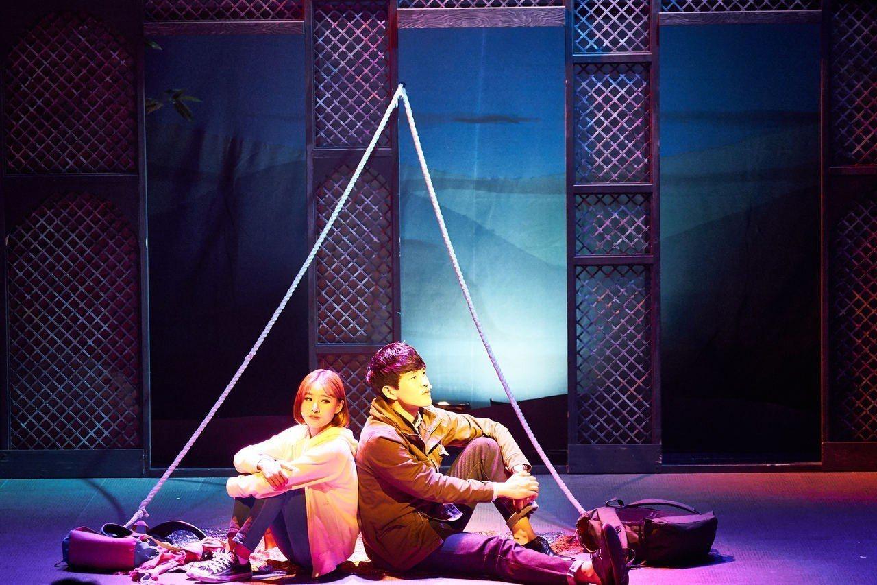 「尋找金鐘旭」三位演員在短短100分鐘內,演出高達24個角色。 圖/聯合數位文創...