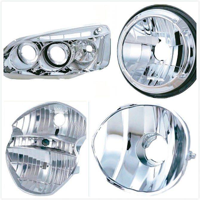 久興頭燈、霧燈品質精良,廣獲國內外車燈大廠青睞。 業者/提供
