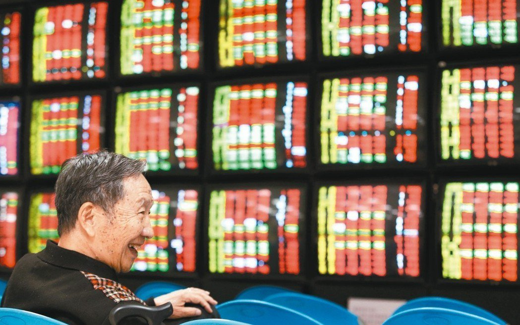 川習敲定G20會面,給予市場美中貿易戰有解的想像空間,激勵台股昨日帶量攻上季線,...