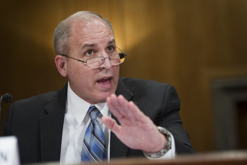 國土安全部ICE代理局長摩根表示,優先遣返有遞解令的無證移民。 美聯社