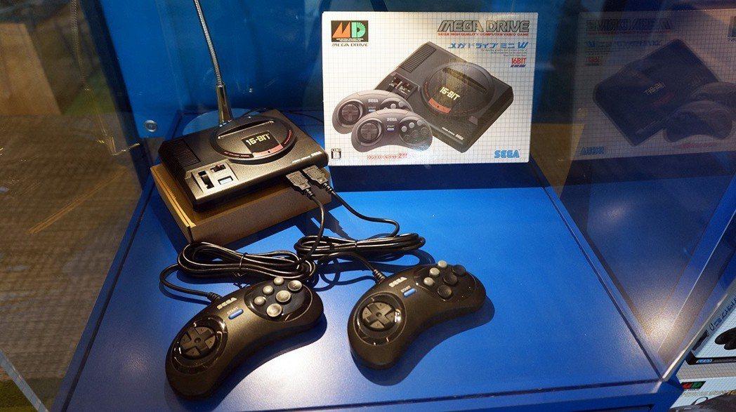 這位就是今天的主角:Mega Drive Mini 主機本體~