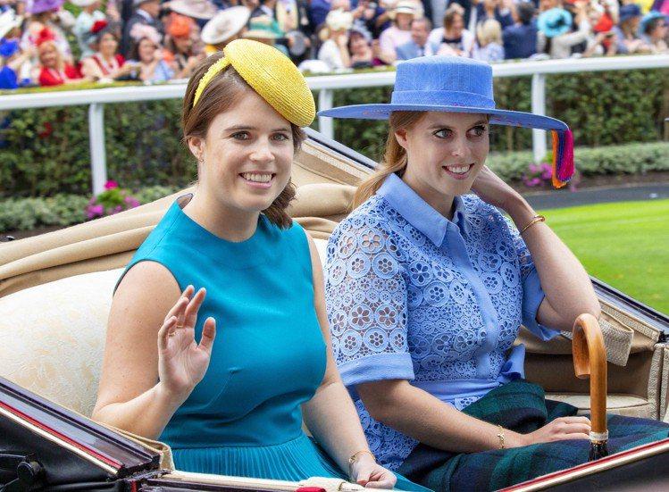 (左起)尤金妮公主、碧翠絲公主。圖/達志影像