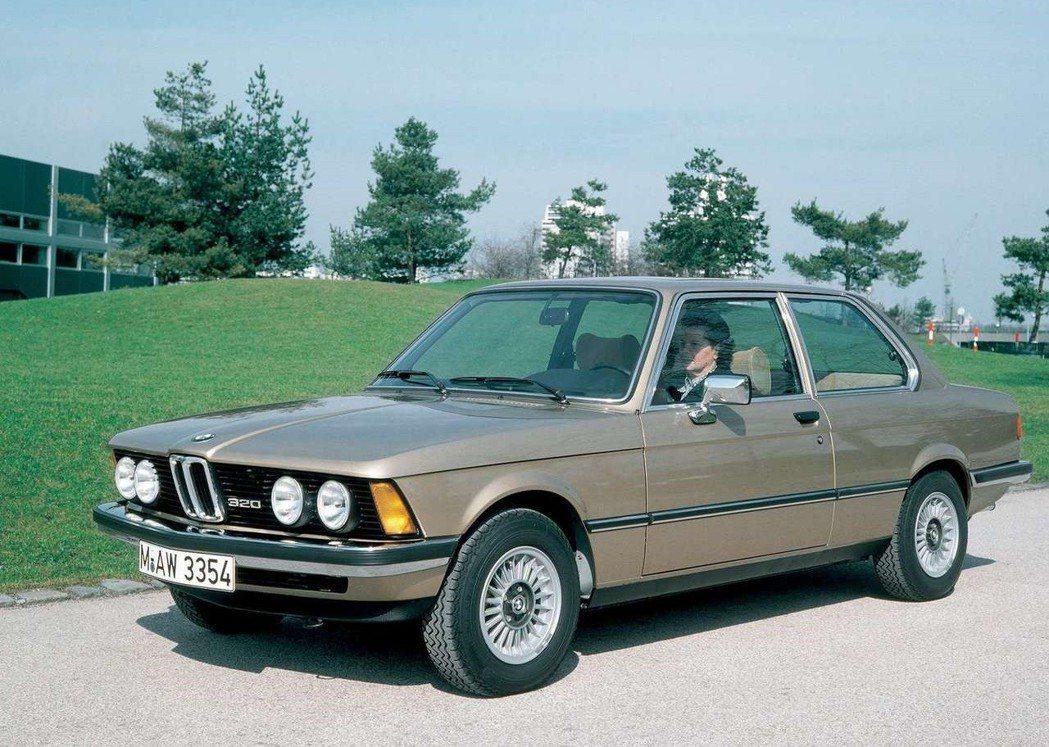 1975 BMW 3-Series的保險桿相當突出。 摘自BMW