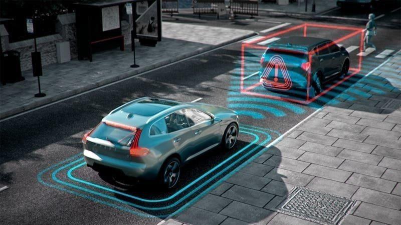 市區的各種預警系統可壁面任何不必要的碰撞。 摘自Volvo