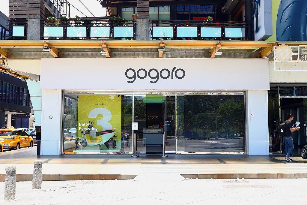 Gogoro提出智慧雙輪推廣政策,提供傳統機車店轉型的新契機。 記者張振群/攝影