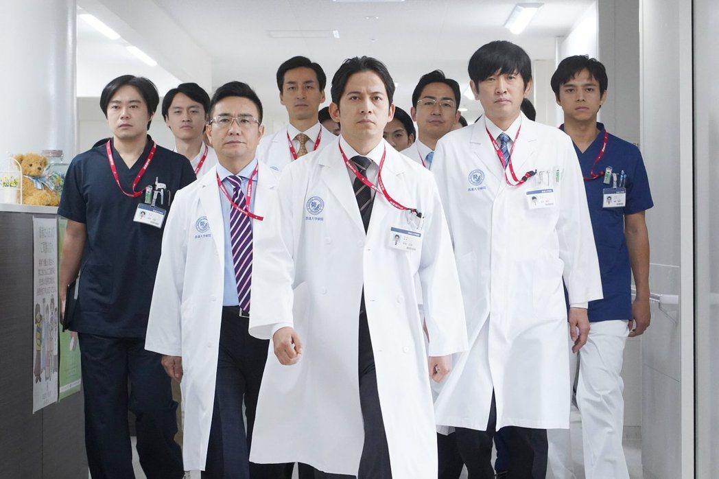 《白色巨塔2019》劇照。 圖/取自朝日電視台