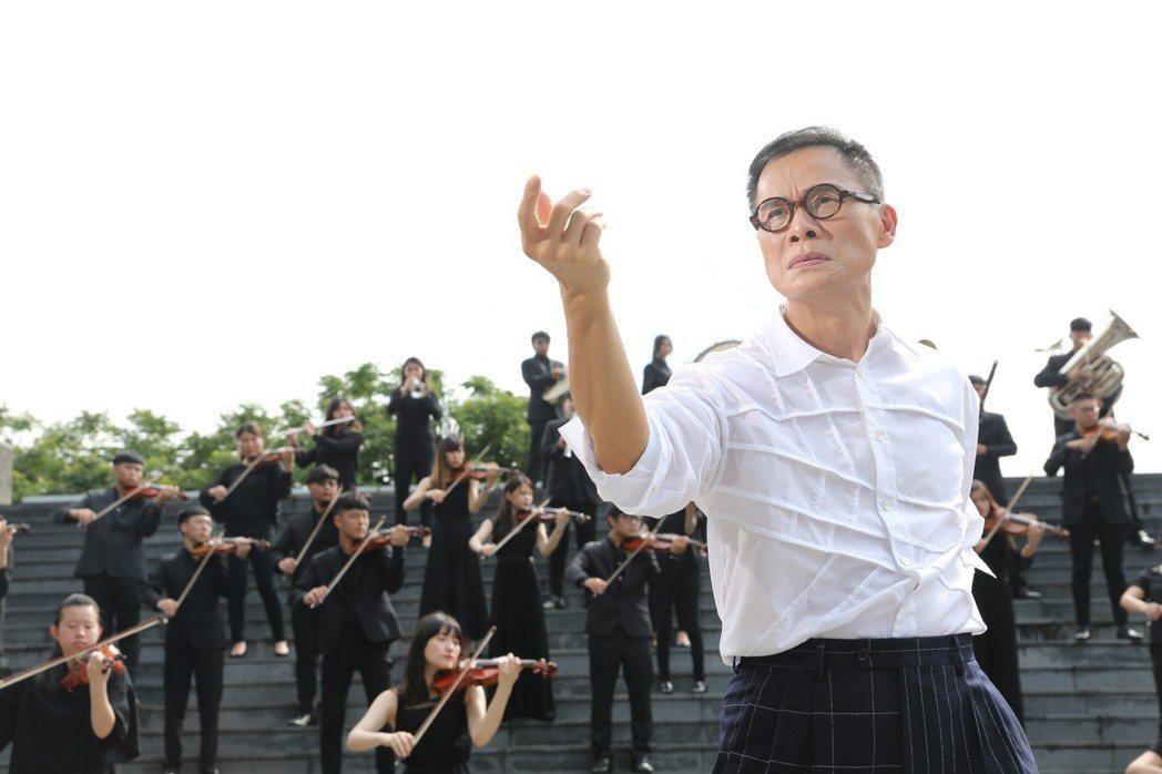羅大佑新歌「叮嚀」MV。圖/種子音樂提供