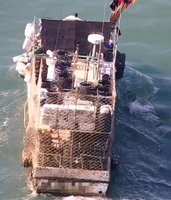海巡署南部分署無人機區隊4月成軍以來,已陸續取締8起漁船違規作業案件。記者邵心杰...