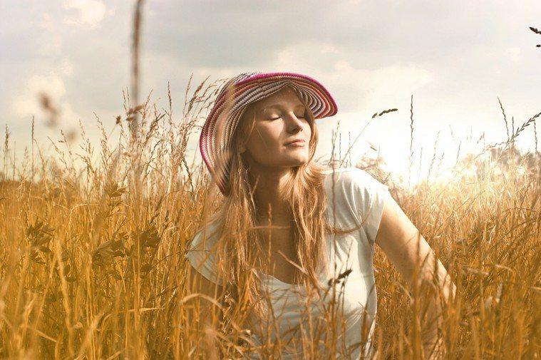 如果在不對的時間使用防曬,反而可能導致肌膚更黑。圖/摘自Pelexs