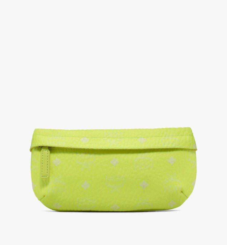 MCM Visetos螢光黃小型腰包,售價17,500元。圖/MCM提供