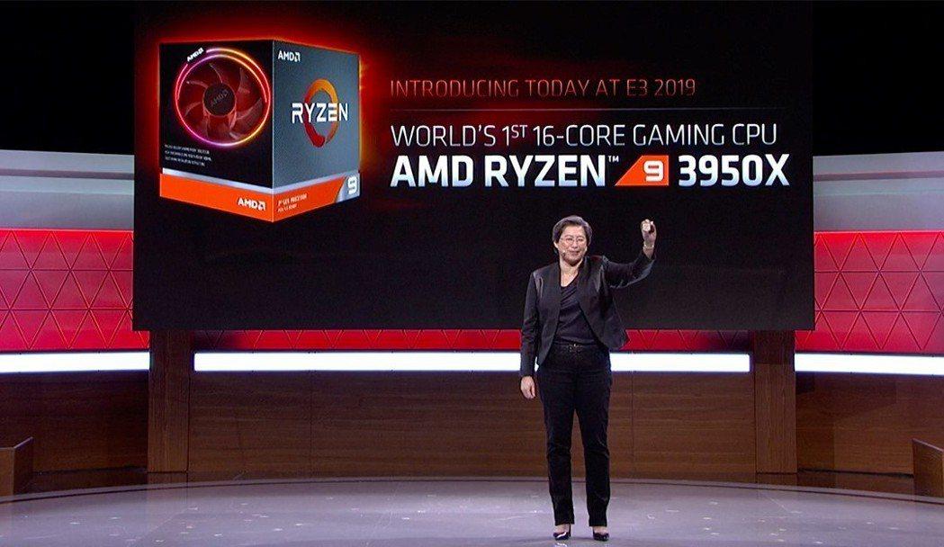 超微總裁暨執行長蘇姿丰於E3展大秀全球首款16核心主流桌上型處理器AMD Ryz...