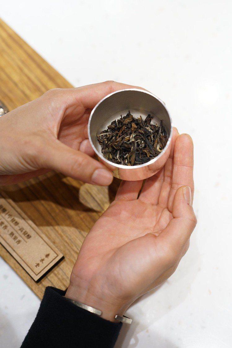 飲茶也能享受面對面吧台服務。圖/春水堂 提供