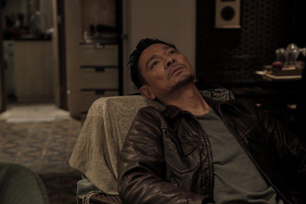 劉德華在新片「掃毒2 天地對決」有多場搏命的動作戲。圖/華映提供