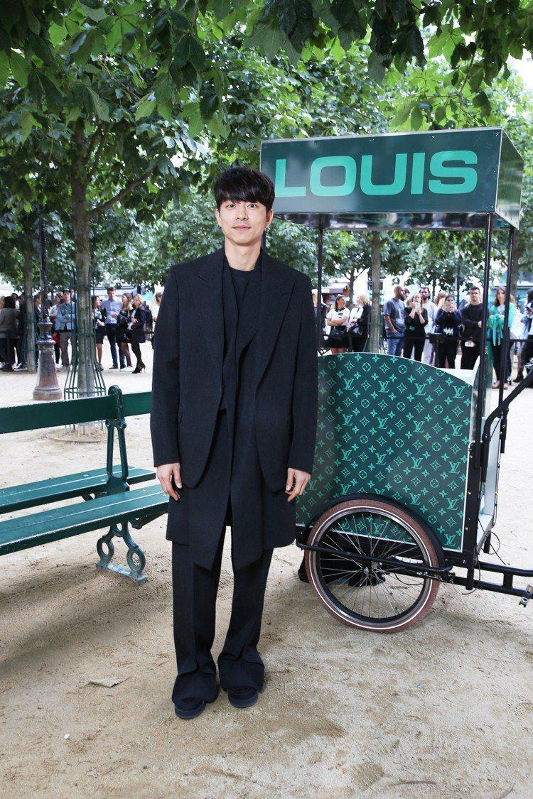 男神孔劉是2020春夏路易威登男裝秀的一大亮點。圖/LV提供