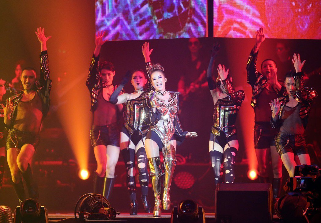 李玟21日在台北小巨蛋開唱。記者徐兆玄/攝影