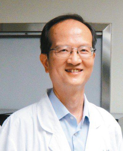 成大醫院胃腸肝膽科主治醫師林錫璋創業團隊,透過科技部價創計畫,研發水膠內視鏡黏膜...