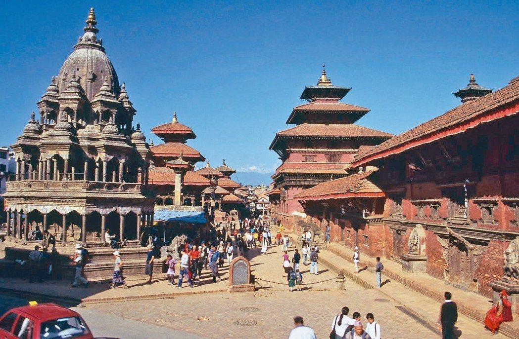 中國大陸的支付寶和微信支付在許多國家暢行無阻,但在喜馬拉雅山國尼泊爾就是行不通。...