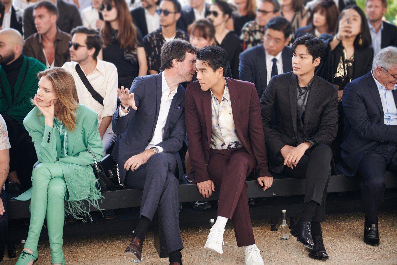 彭于晏、李敏鎬、以及品牌老闆Antoine Arnault一起坐在前排看秀。圖/...