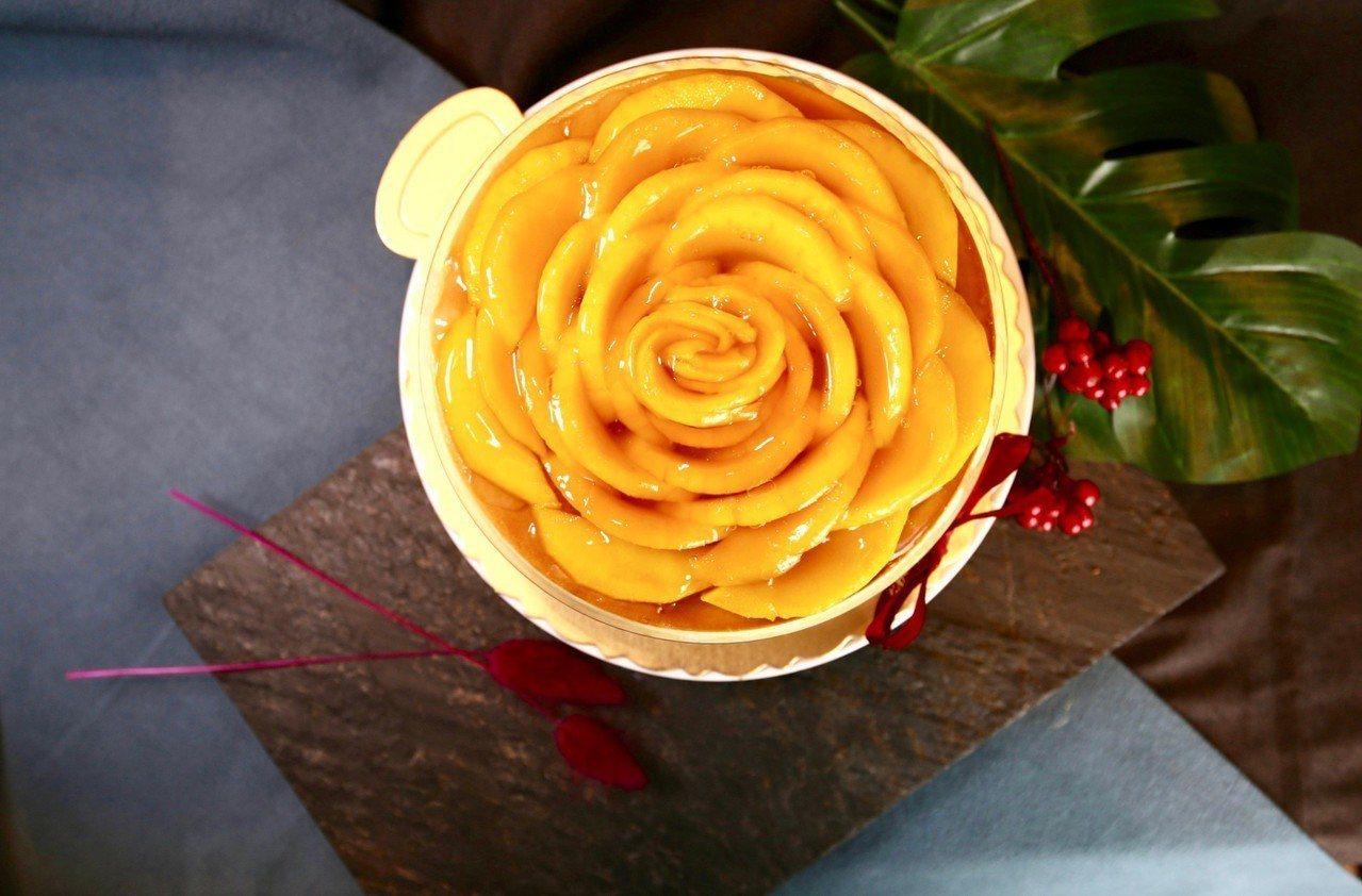 台南大億麗緻酒店的芒果夏宴,有各種甜點上桌。圖/台南大億麗緻酒店提供