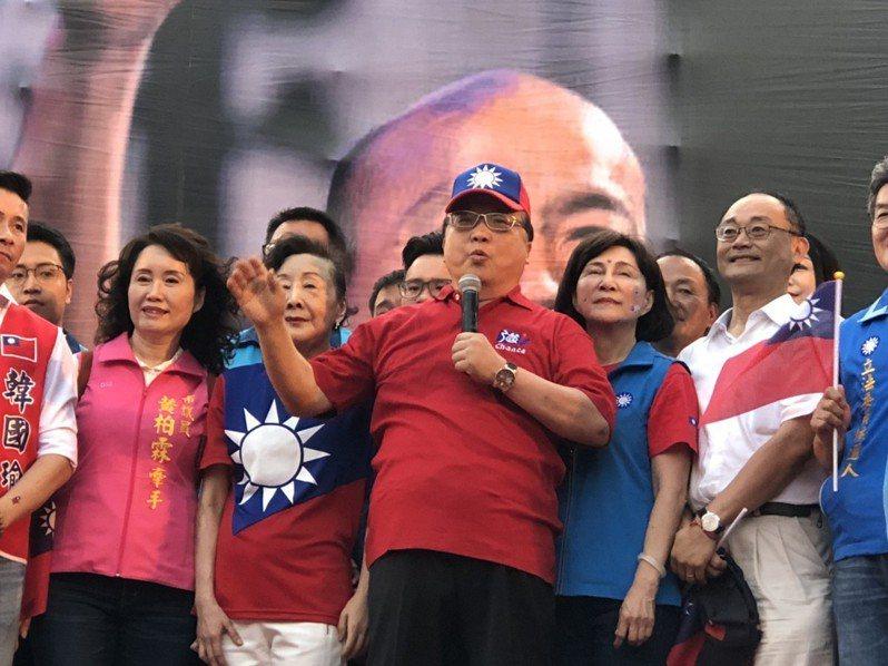 胡志強說,台灣從來沒有這麼多人自己相聚,以前看不到這麼多青天白日滿地紅國旗,「韓國瑜如果不是奇蹟,什麼叫奇蹟?」記者陳秋雲/攝影