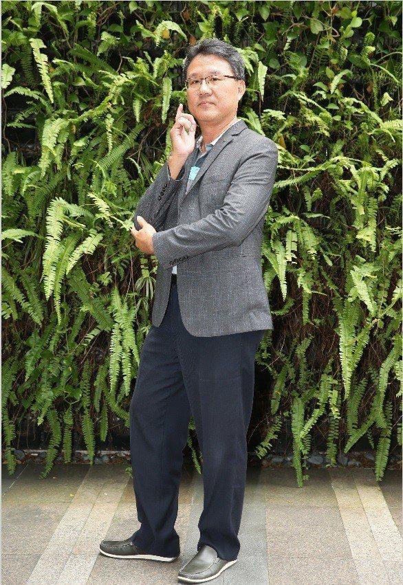 「台北物語2-獲利者」導演余峰銘透露劇本有醫藥界從業者參與編寫,絕對真實。記者徐...