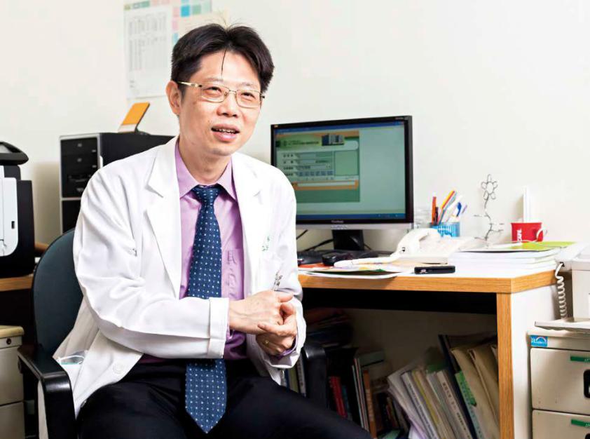 升國三那年被診斷出罹患第一型糖尿病,林嘉鴻的人生因此改變。從一開始的抗拒到接受,...