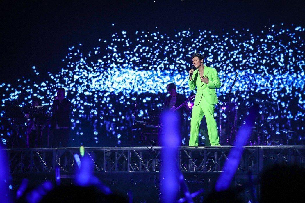 李榮浩忙於巡演以外,也接下「中國好聲音」的導師。圖/上引娛樂提供
