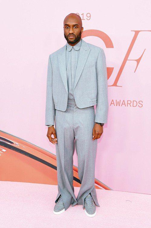 Louis Vuitton請來當紅設計師Virgil Abloh擔任男裝藝術總監...