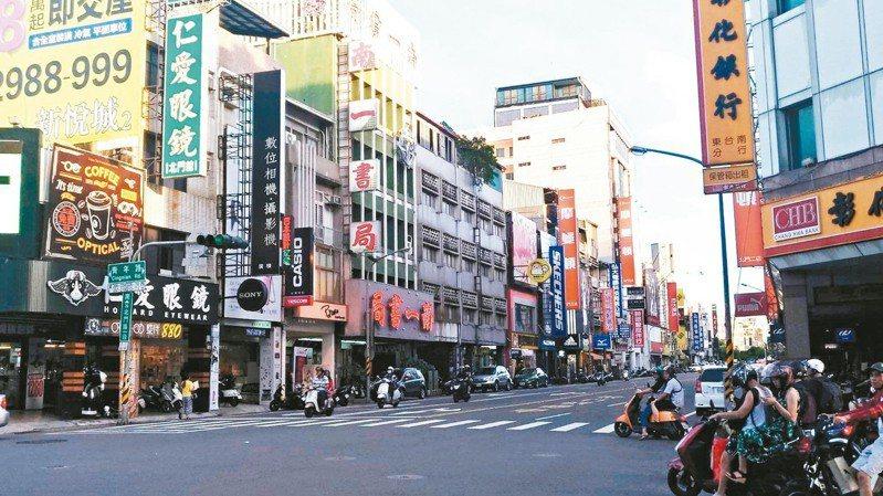 有網友在PTT問六都哪個城市最糟,最多人點名「台南市」。 記者謝進盛/攝影
