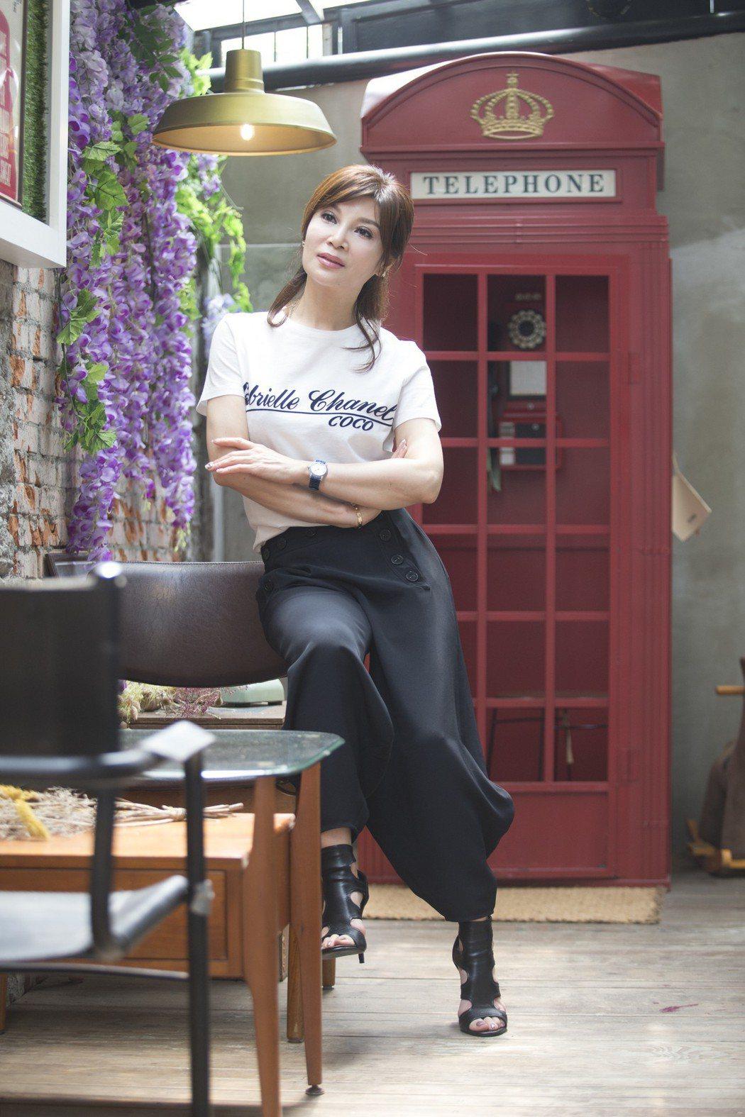 出道40年首入圍金曲獎,歌手蔡秋鳳角逐台語歌后寶座。記者陳正興/攝影