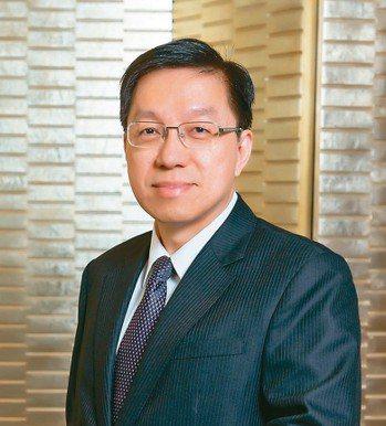 中國人壽資深副總經理蘇錦隆。 圖/中國人壽提供