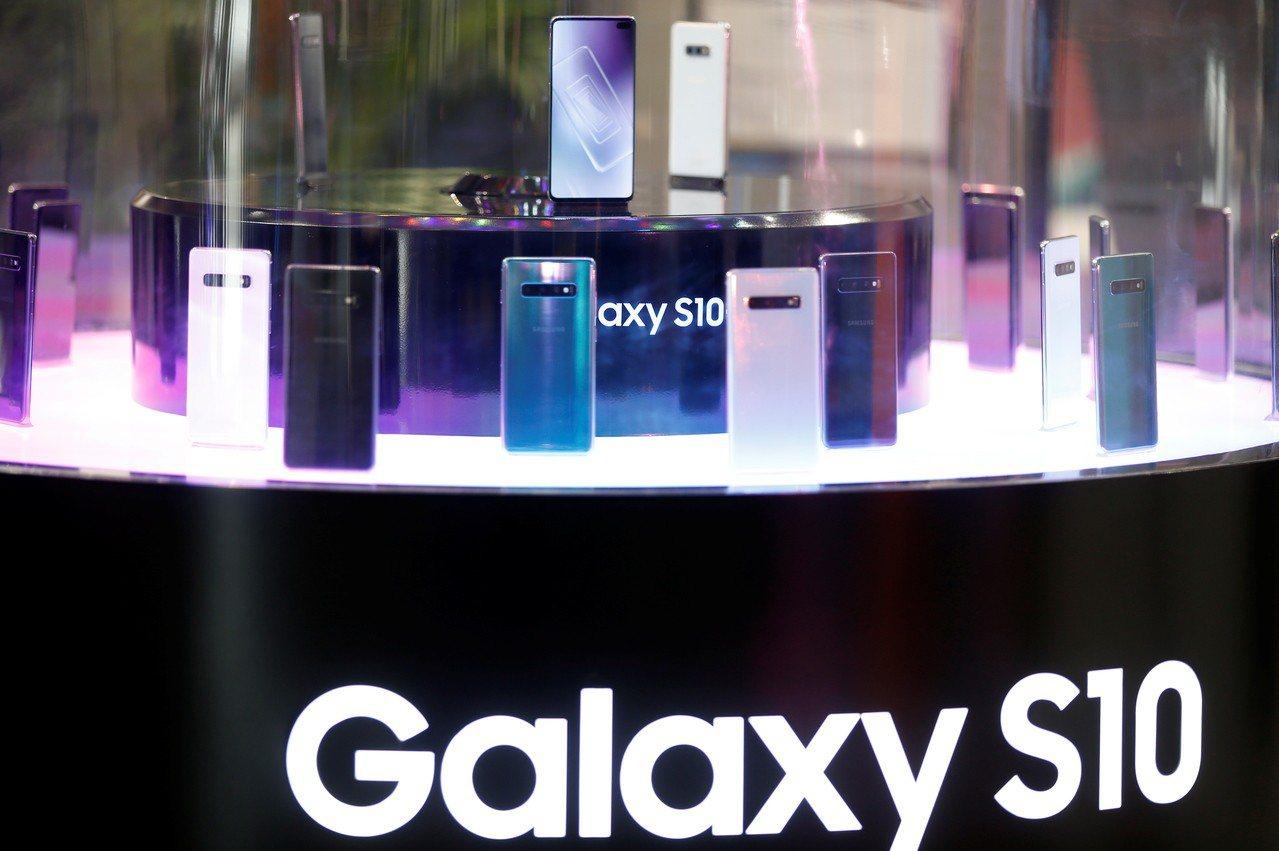 三星顯示器公司(Samsung Display)準備大規模投資大尺寸OLED面板...