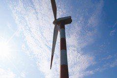 願景工程/綠學苑創辦人:2025年再生能源占20%做不到