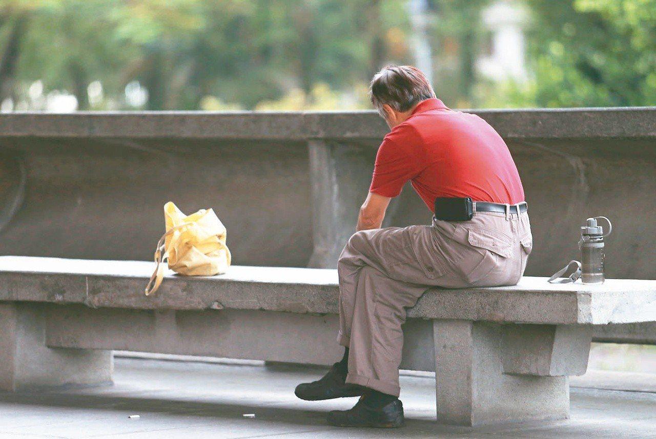 勞保局表示,有不少斷保族,在未成就勞保一次請領條件時就離職退保,也未再就業加保,...