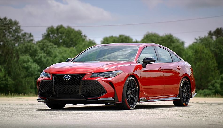 Toyota Avalon TRD。 摘自Toyota USA