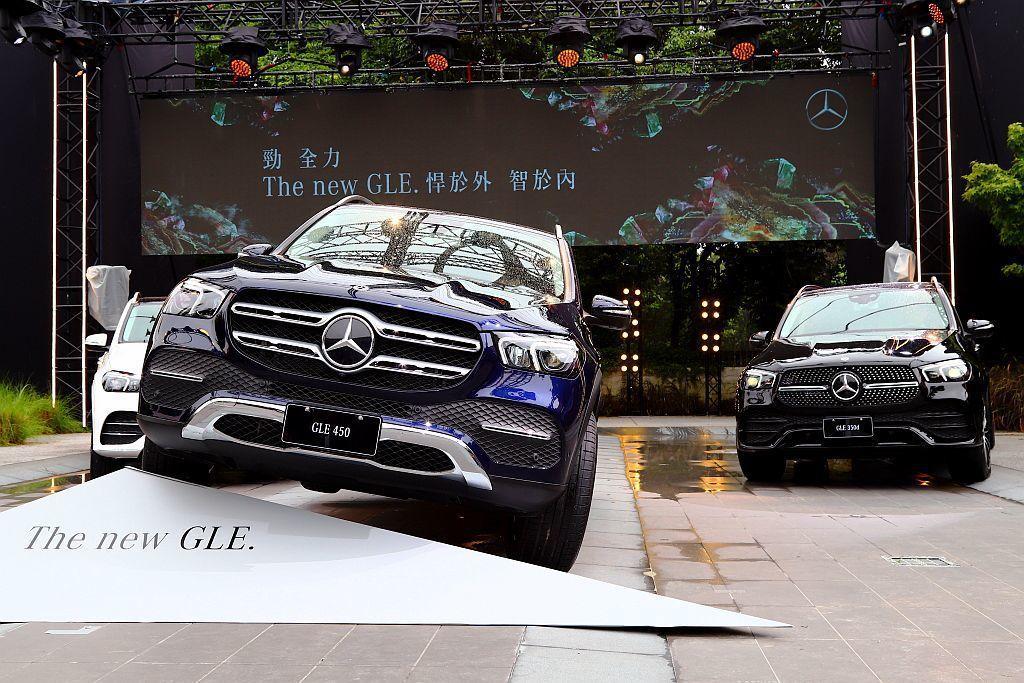 等待許久,全新大改款賓士GLE休旅車正式在台發表上市。 記者張振群/攝影