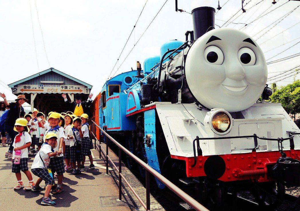 對電車鐵道的熱愛,竟也會誘人犯罪?圖為大井川鐵道的「湯瑪士號」,以C11型蒸汽機...