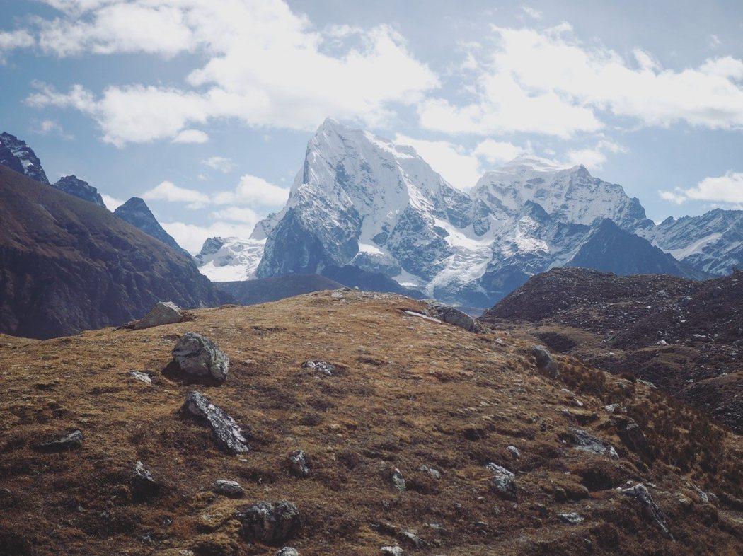 誰可以告訴我這座雪山的名字?
