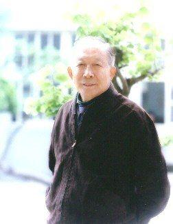 台南市新營興國高中創辦人趙景霖今清晨在睡夢中過世,地方不捨。圖/翻攝自學校網站