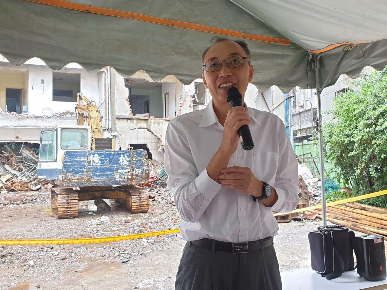 新北市副市長謝政達表示,從危老條例發布上路以來,新北市危老重建核准案量已達44案...