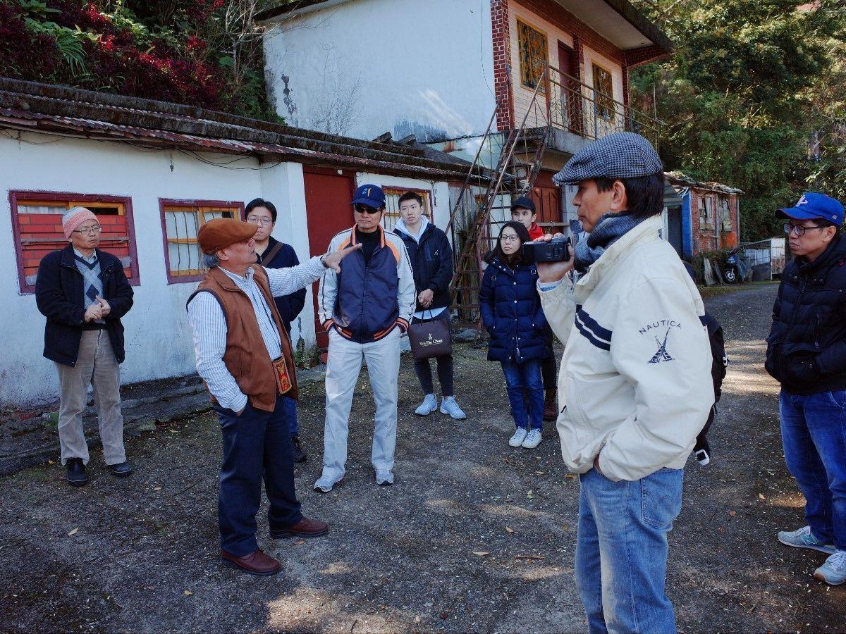 義守大學土木系師生前進部落現勘,守護部落居民居住安全。記者王昭月/翻攝