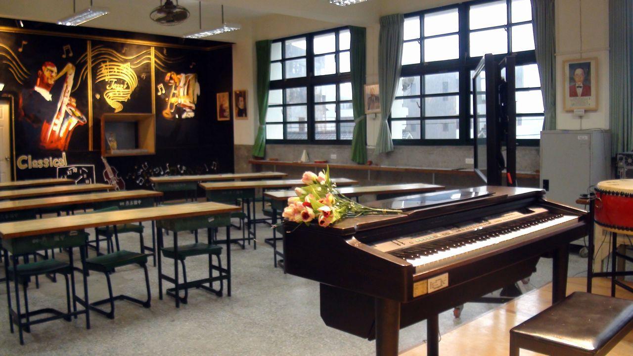 改造後的燕巢國中音樂教室,讓人浸淫一下心情很好。記者王昭月/攝影
