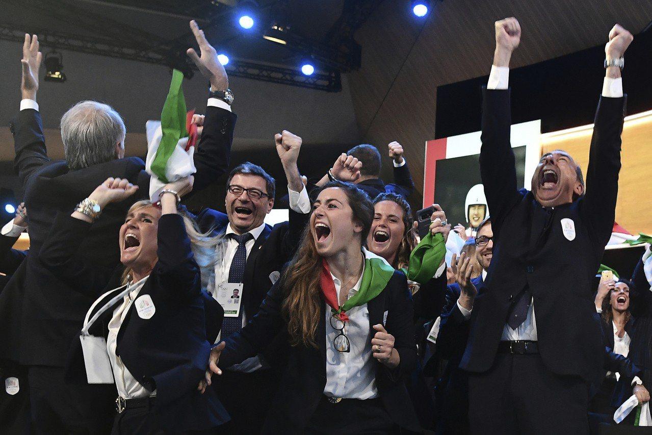 義大利兩城米蘭與科爾蒂納聯手奪下2026年冬奧主辦權(包含殘障奧運帕奧),該國副...