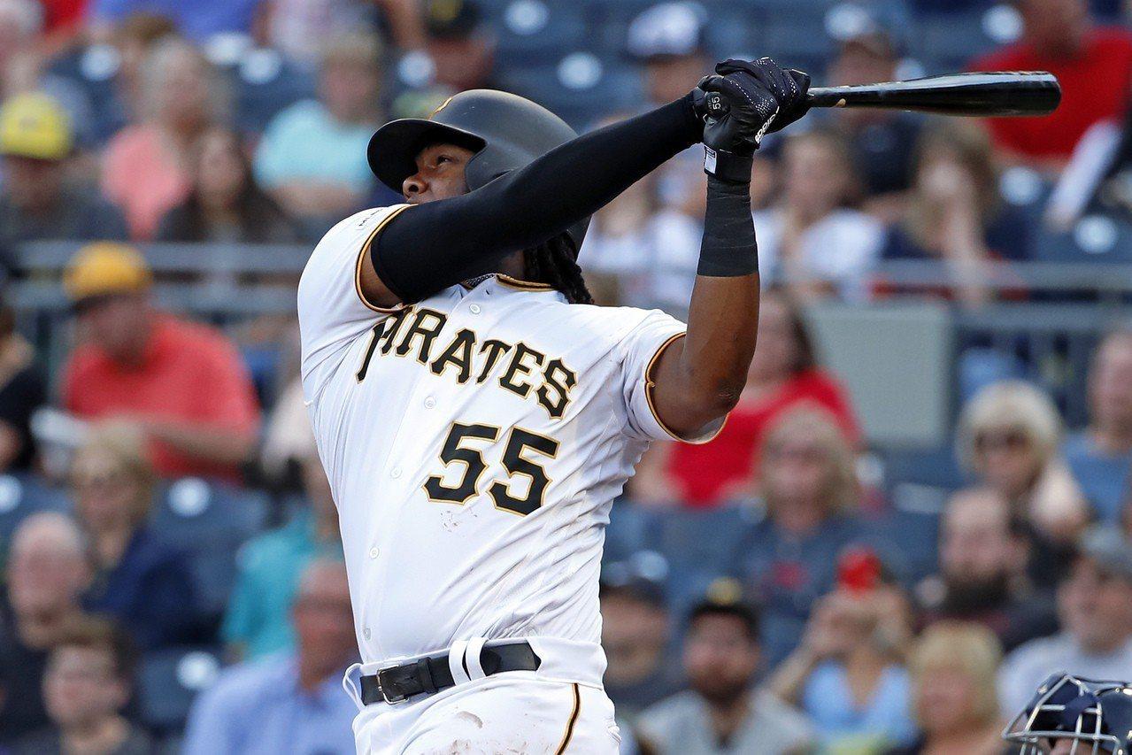 海盜隊26歲的一壘手貝爾本季大爆發,打出生涯代表作的3成15打擊率與20轟,讓球...